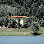 esterno dal lago