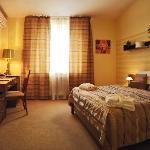 Deluxe double room - bedroom