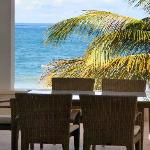 Beachfront Patio Luxury Condo no 118