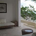 Beachfront Patio Luxury Condo no 118