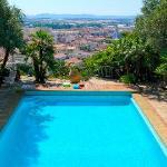 La piscine du Castel Pierre Lisse à Hyères