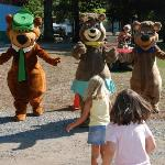 Big hugs from the Bears