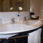 Double basin and lovely toiletries