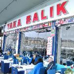 Foto de Yaka Balik Fish House