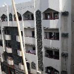 gegenüber von meinem Balkon