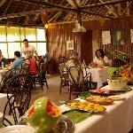 Servicio buffet en el Lodge