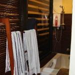 the bathtub at senior suite room. stripped towel is mine btw