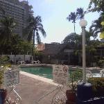 Entrada a zona de alberca Auto Hotel Ritz