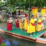 Canoe Show from each country