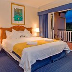 King sized beds with views of Lake Tinaroo