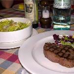 carrrrrne + insalata, e vedete, quale olio!