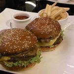 Le Petit Burger