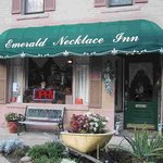 Visit Us at the Emerald Necklace Inn Bed & Breakfast