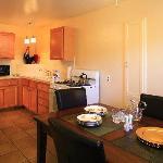 Kitchen, Deluxe One Bedroom Suite
