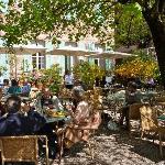 Clos Sanite Cecile, Albi, terrace dining