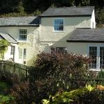Ragstones Cornish Bed & Breakfast