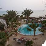 la piscine, le restaurant, la plage au coeur sénégal