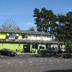 Newport, Oregon - Kam meng restaurant, directly on Hwy 101