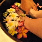 Flower bath for the feet
