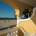 Blick aus der Hotelsuite zum Strand