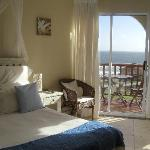 Photo de Big Blue Beach Lodge