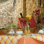 patio/breakfast