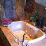 arbor room tub