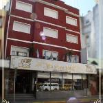 Fachada Hotel Cadoro