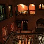 Riad et piscine de nuit