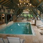une des plus belles piscines intérieure jamais vue