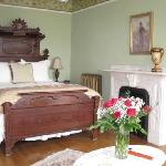 Luxurious guest rooms and suites