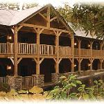Cedar Lodge offers rooms and suites with fireplaces