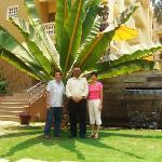 bob & elmarie with GM Shekhar