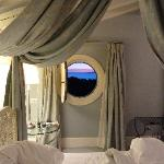 Bedroom porthole window