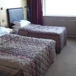 Twin Bedroom room 418