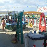 I giochi dei bmbini in spiaggia