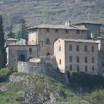 Il ristorante all'ingresso del castello