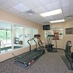 Workout at the Fitness Center on site or go to Gold's Gym for FREE (just down the road).