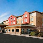 Convenient hotel near Portland Airport