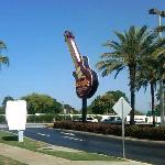 The Hard Rock Guitar