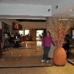 Una vista del lobby