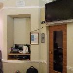 Rm 104 TV, Sauna and Tea Fixings
