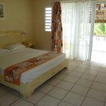 La chambre avec la grande terrasse vue mer direct