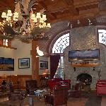 Wyoming Inn lobby