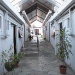 El corredor de acceso a las habitaciones