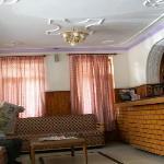 Photo de Hotel Himgiri