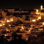 Panorama notturno di Loreto Aprutino (PE) in Abruzzo