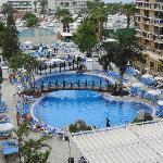 Vista de la piscina desde nuestra terraza