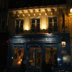 Caron de Beaumarchais at night!