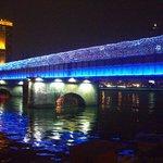 イルミネーションの高雄橋